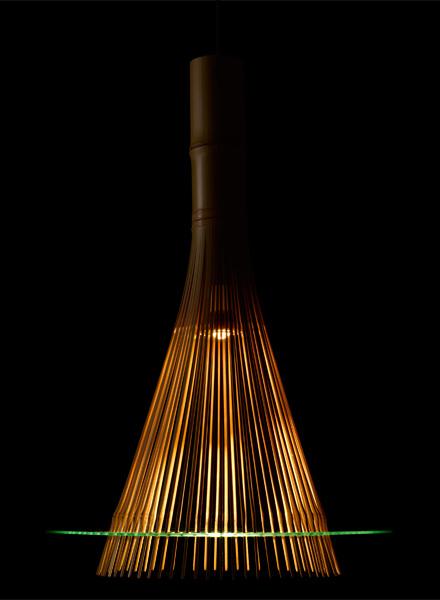 一本の竹でつくられた、竹取の翁を連想させる家具 KAGUA カグア(LED照明器具)2
