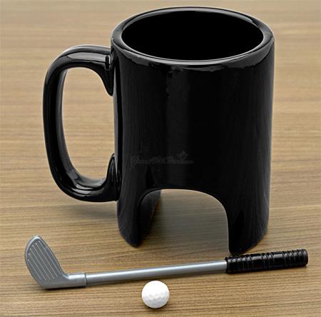 変なマグカップ。1