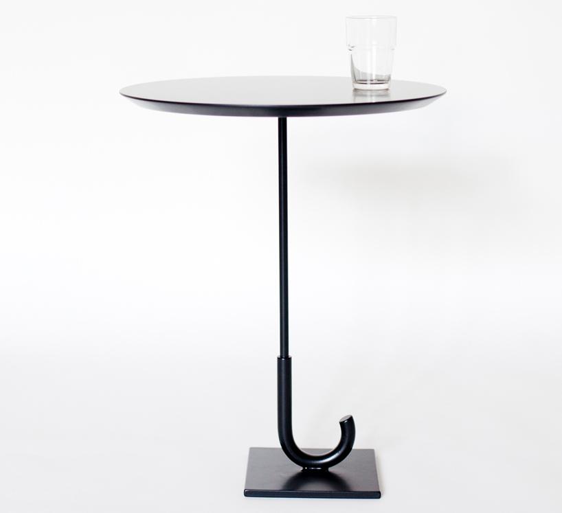 傘の形をしたテーブル「parapluie table」