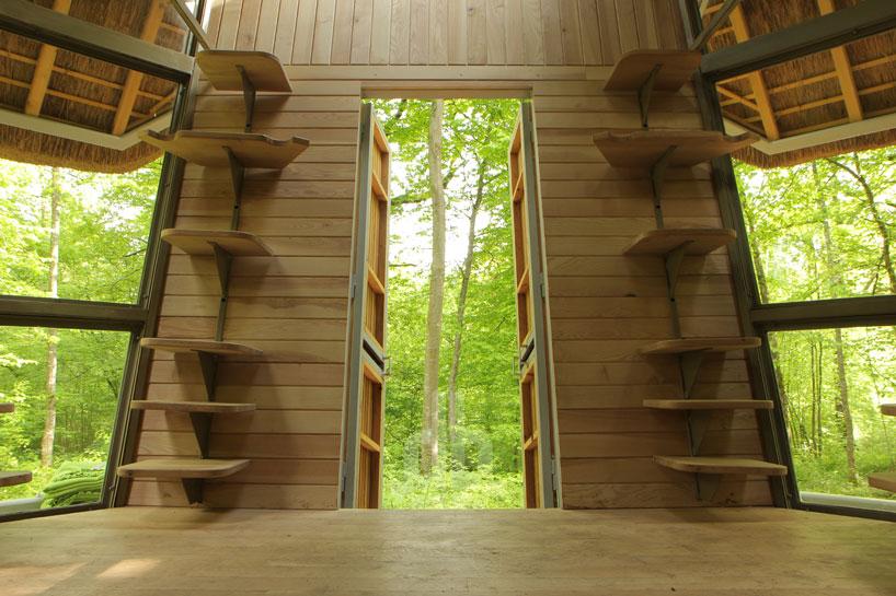 森の中の隠れ家2