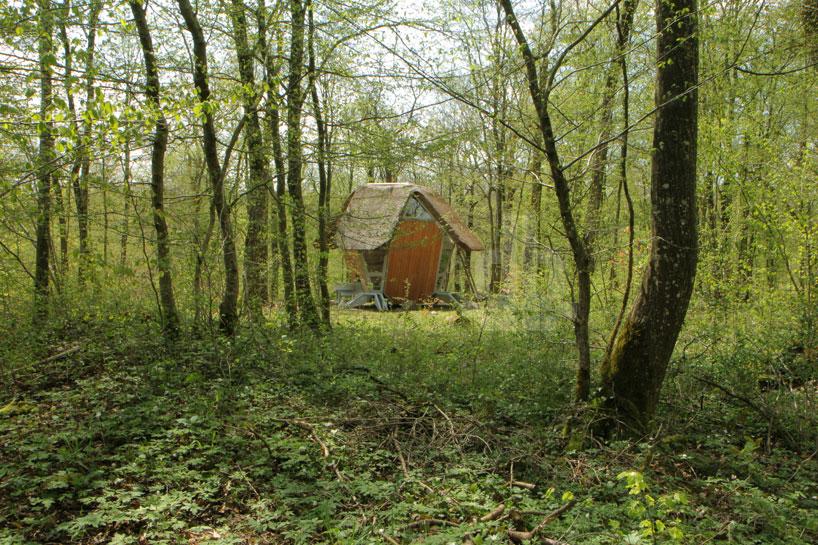 森の中の隠れ家6
