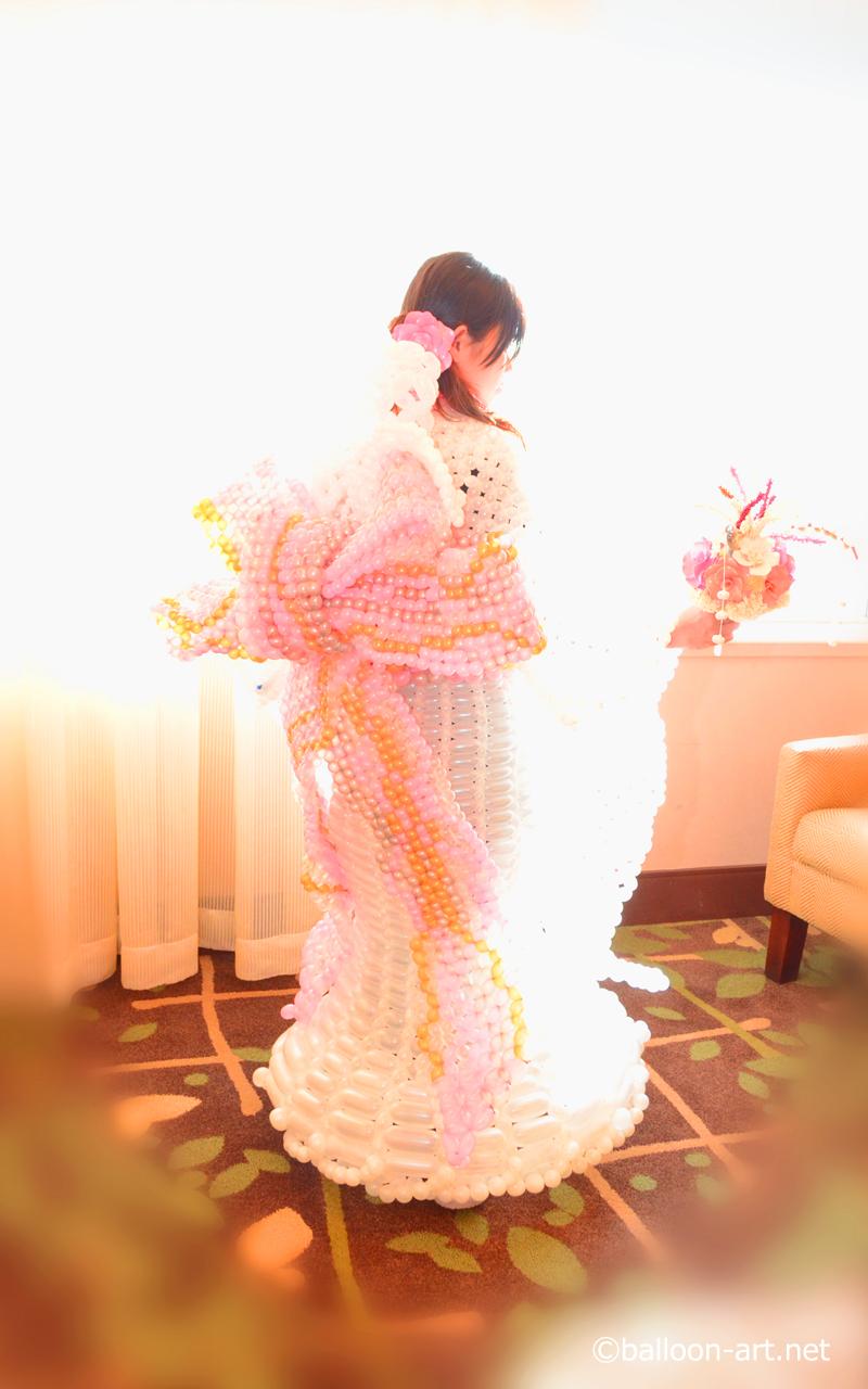 2年に1度開催されるバルーンアートの世界大会で優勝した着物の繊細な質感を見事に表現した着物のバルーンドレス5