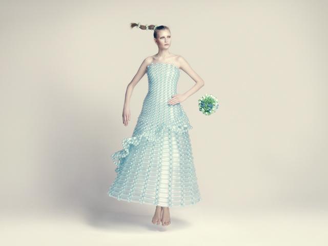 バルーンアーティスト細貝理恵によるバルーンドレス。風船やLEGOなどを使った新作ファッション18