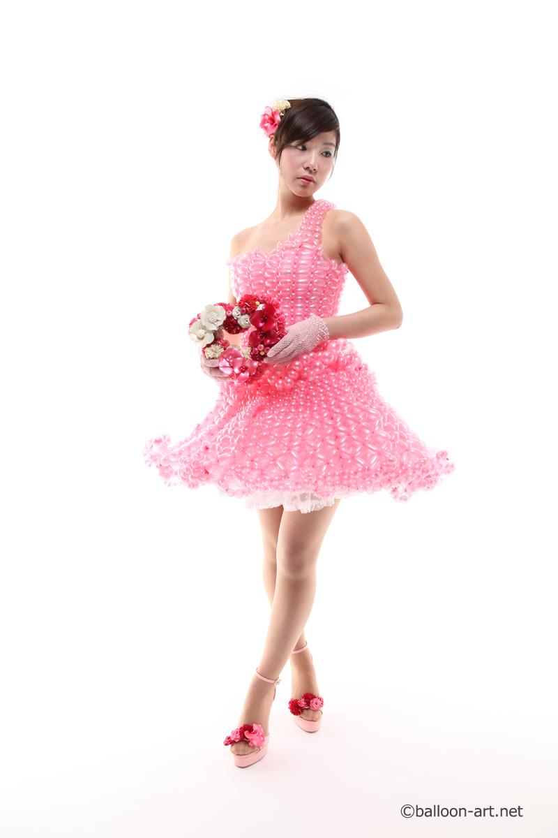 2年に1度開催されるバルーンアートの世界大会で優勝した着物の繊細な質感を見事に表現した着物のバルーンドレス20