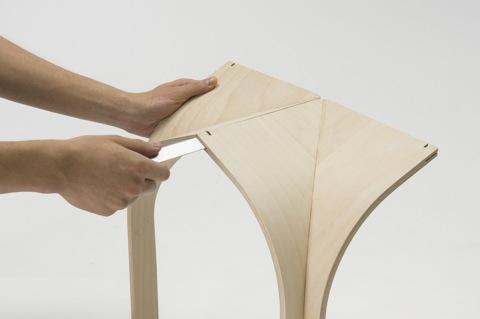 ゴシック様式の建築構造から発想を得て生まれたローテーブルCATHEDRAL3