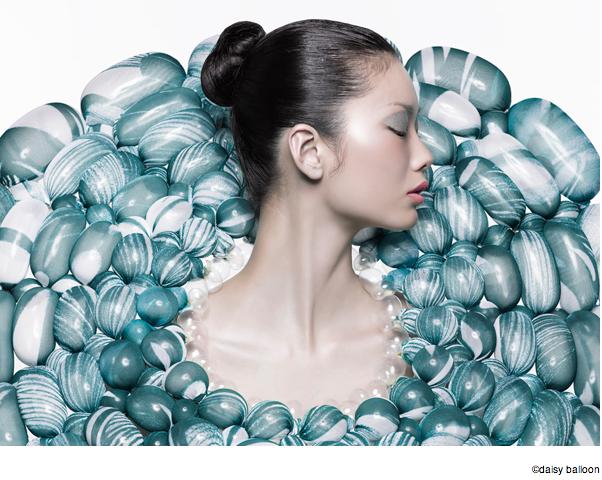 バルーンアーティスト細貝理恵によるバルーンドレス。風船やLEGOなどを使った新作ファッション7