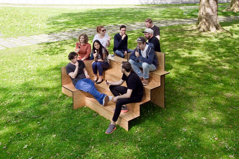 木で出来た公共の素敵なベンチ2