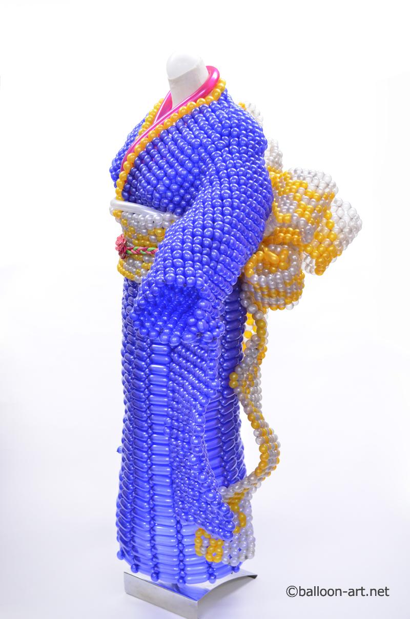 2年に1度開催されるバルーンアートの世界大会で優勝した着物の繊細な質感を見事に表現した着物のバルーンドレス10
