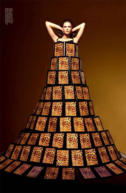 バルーンアーティスト細貝理恵によるバルーンドレス。風船やLEGOなどを使った新作ファッション14