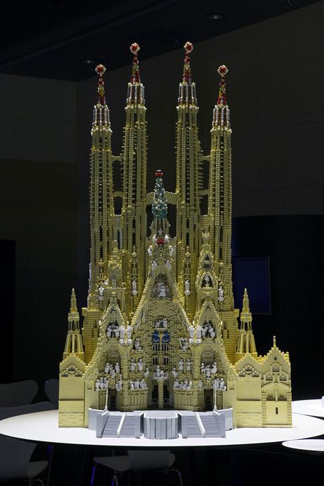 レゴブロックで出来たアントニ・ガウディの作品群