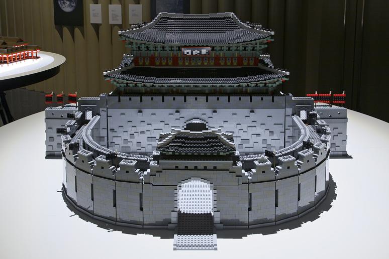 レゴブロックでつくった華城