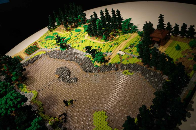 レゴブロックでつくった平泉‐仏国土(浄土)を表す建築・庭園及び考古学的遺跡群