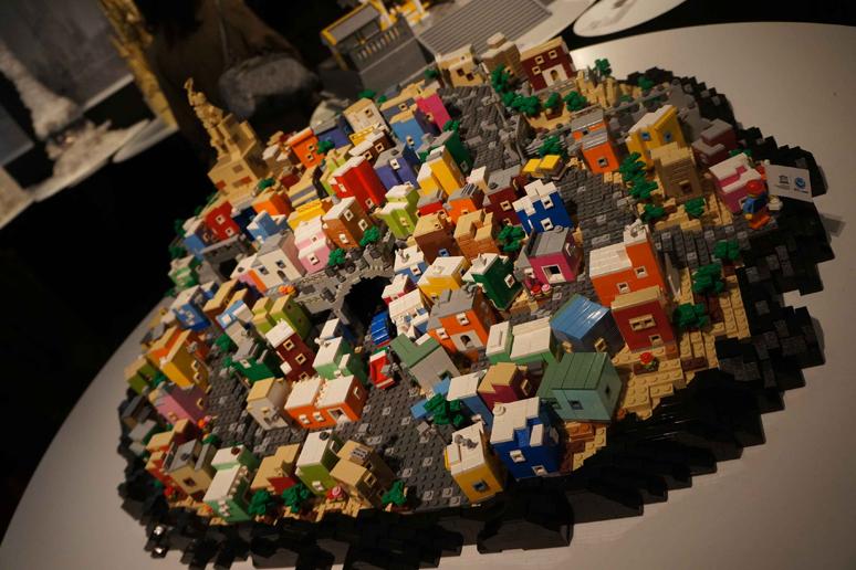 レゴブロックでつくった古都グアナフアトとその銀鉱群