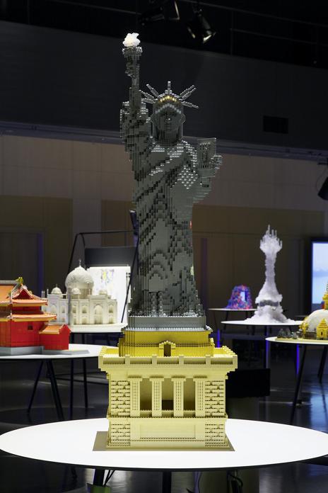 レゴブロックでつくった自由の女神像