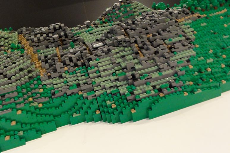 レゴブロックでつくったマチュ・ピチュの歴史保護区