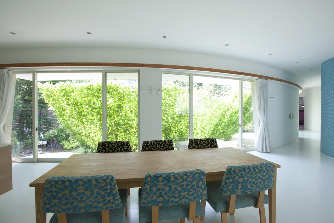 熊木英雄建築事務所の「緑のカーテンの家」10