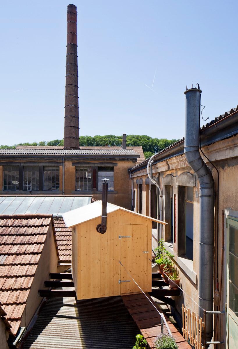 BUREAU Aとスイス人アーティストjérémie gindreが手がけたスイスのジェノバにある屋根の上のサウナ「rooftop sauna」2