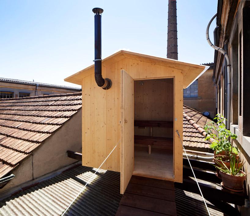 BUREAU Aとスイス人アーティストjérémie gindreが手がけたスイスのジェノバにある屋根の上のサウナ「rooftop sauna」4
