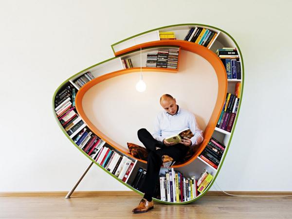 Bookworm Bookcase4