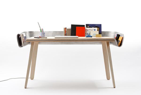 Tomas Kral's Homework Desk2