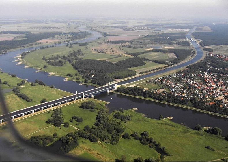 Magdeburg Water Bridge2