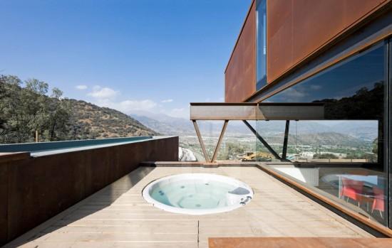 輸送用コンテナでつくった豪邸。小高い丘に建つ高級感溢れるコンテナハウス「casa oruga」29