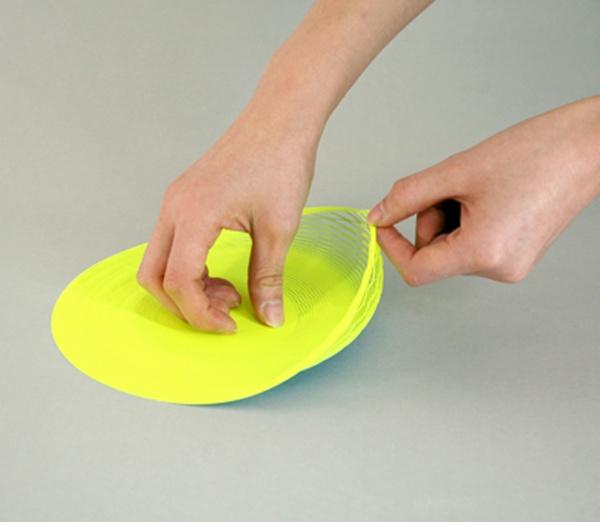1枚の紙を広げると器になるプロダクト「空気の器」-600x522