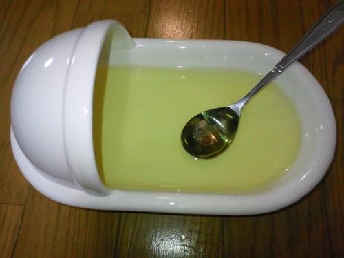 便器の形のカレー皿3