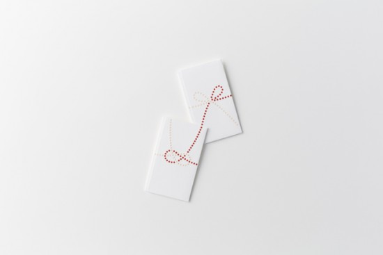 単純なドットのみで表現した「のし袋」「 dot envelope」3