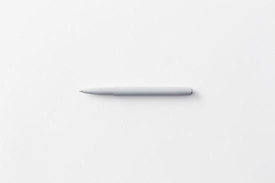 本体のほとんどが「キャップ」のペン「flip pen」2