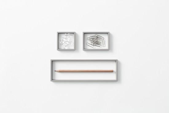 「器」ではなく、「輪郭線」によってデスク上の小物を整理するトレー「 outline tray」2