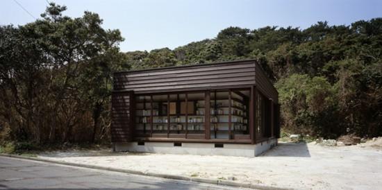 図書館を両立した住宅兼図書館「 絵本の家」4