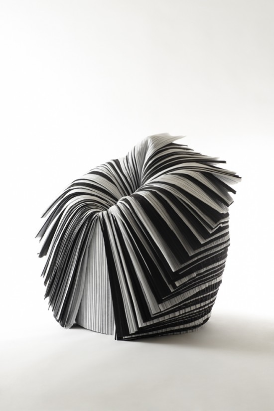 捨てられた紙を-「剥いて」つくったイス「cabbage chair」9