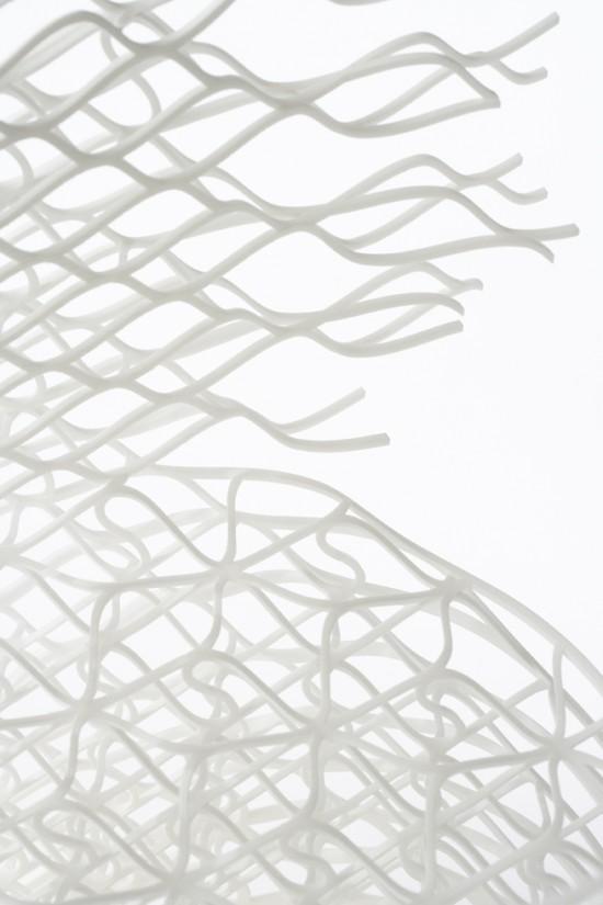 ダイヤモンドの結晶構造を活かして三次元プリンターで 「出力」されたイス「diamond chair」8
