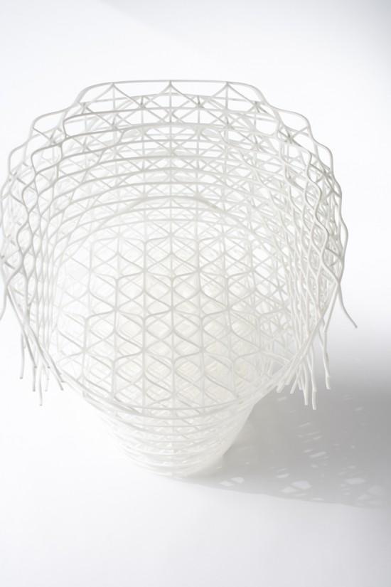 ダイヤモンドの結晶構造を活かして三次元プリンターで 「出力」されたイス「diamond chair」6