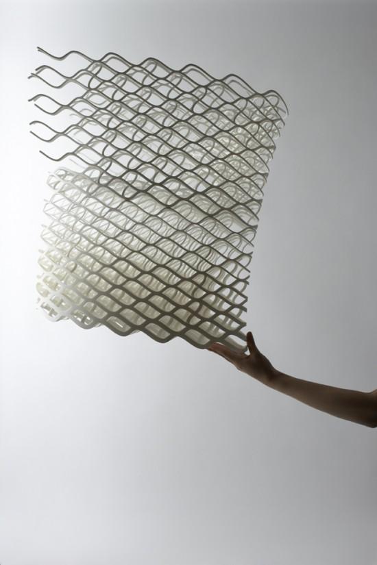 ダイヤモンドの結晶構造を活かして三次元プリンターで 「出力」されたイス「diamond chair」10