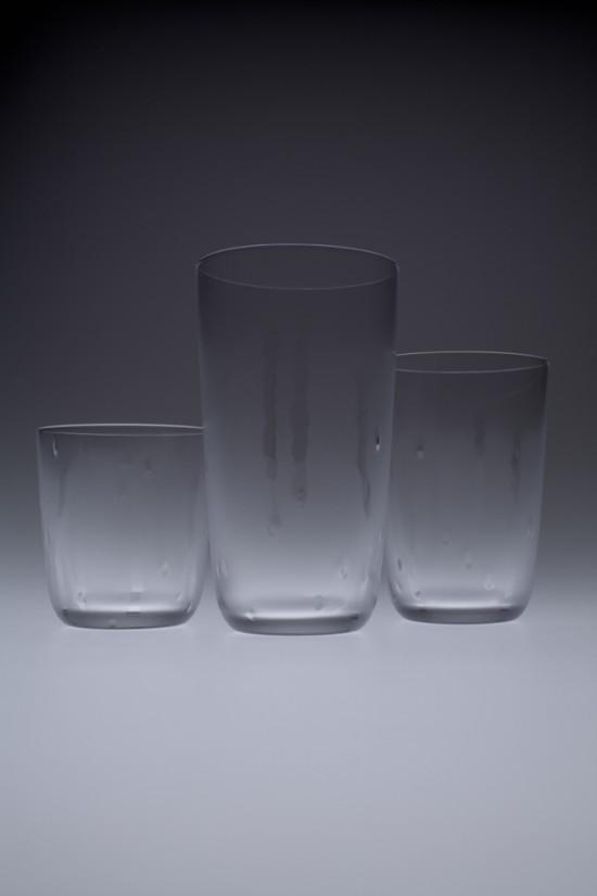 冷たく見えるグラス「hie-hie」2
