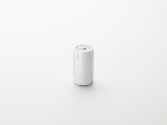 「電池」の形状をしたワイヤレスマウス「kandenchi」2