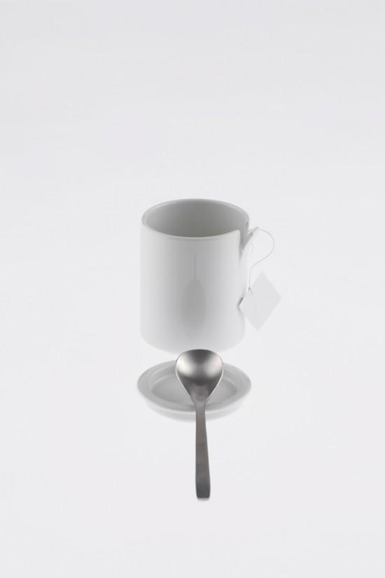 コップの一部が「めくれた」ことにより機能性を高めたコップ「peel」6