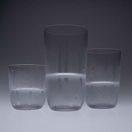 冷たく見えるグラス「hie-hie」4