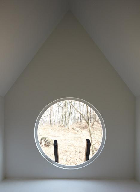 dezeen_Bird-apartment-by-Nendo_8