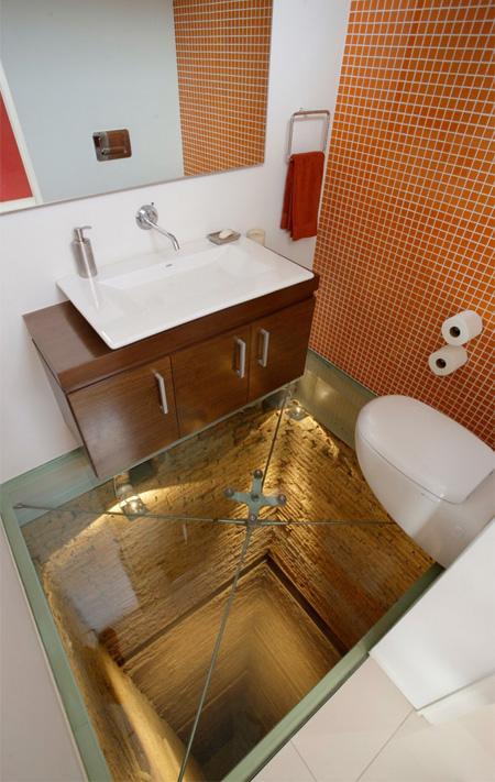 世界一怖いトイレ
