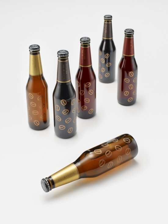 気仙沼市の「アンカーコーヒー」と、一関市の「世嬉の一酒造」が共同で開発したコーヒービール