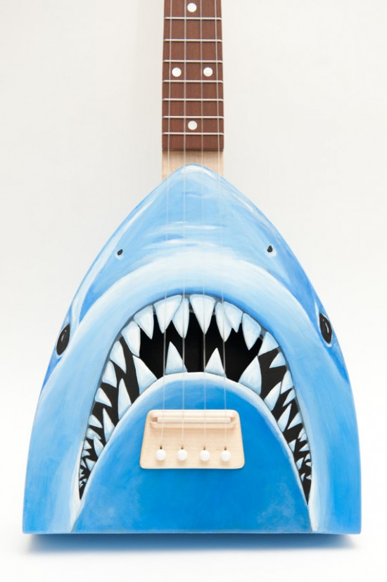 サメのベース