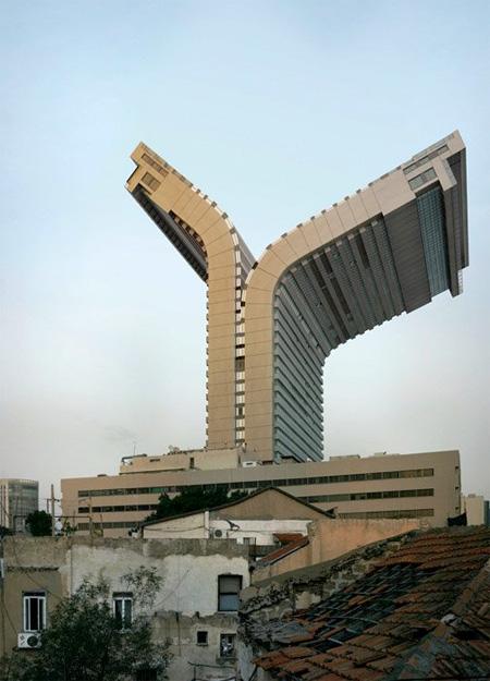 嘘だけど本当に実在しているかのような建築物