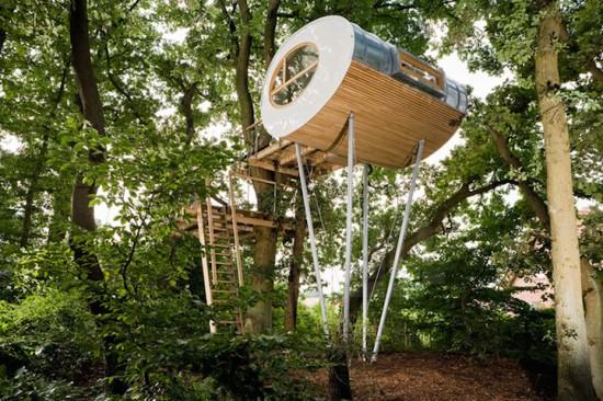 おしゃれなツリーハウス