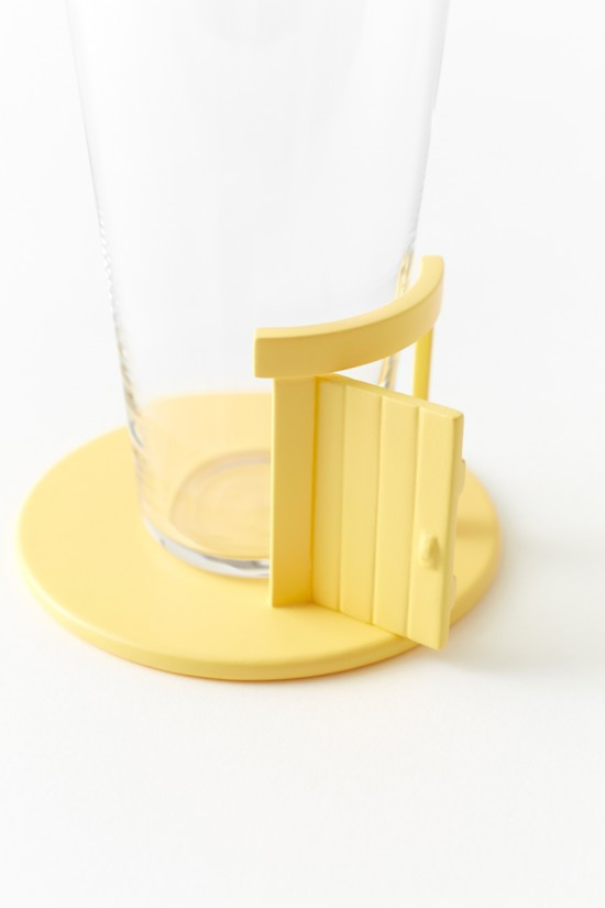 pooh-glassware_coaster06_copyright_Disney