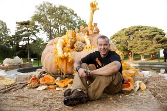 世界一重いかぼちゃの中からゾンビが出てきたよ。