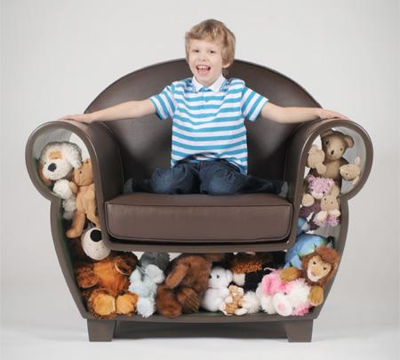 自分の好きな物を詰め込める椅子