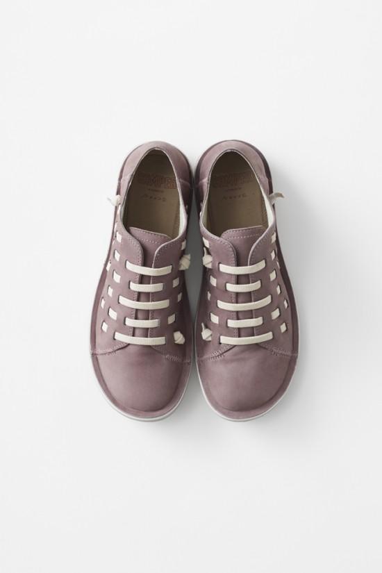 全体が靴ひもで編み込まれた靴-yoshida